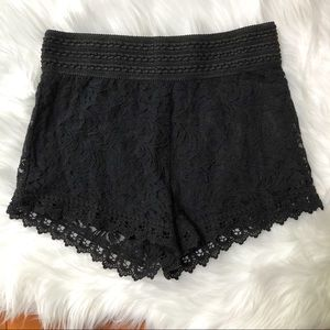 Black Lace Pull on Shorts